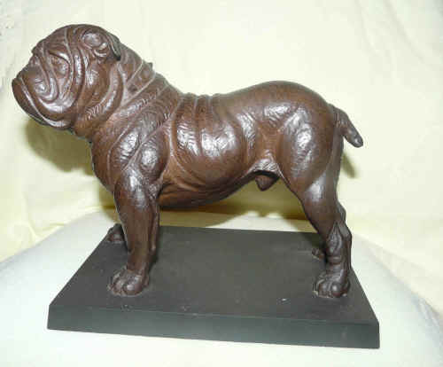 Bronze Bulldog Heredities (Doris Lindner ).jpg (234928 bytes)